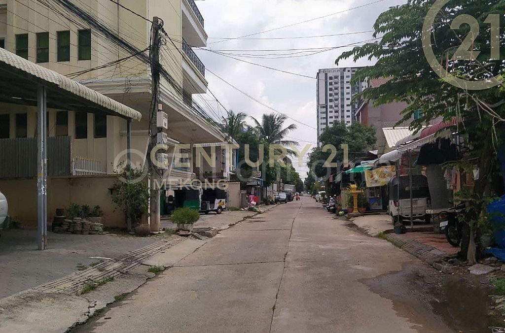 Flat for Sale At Phnom Penh Thmei