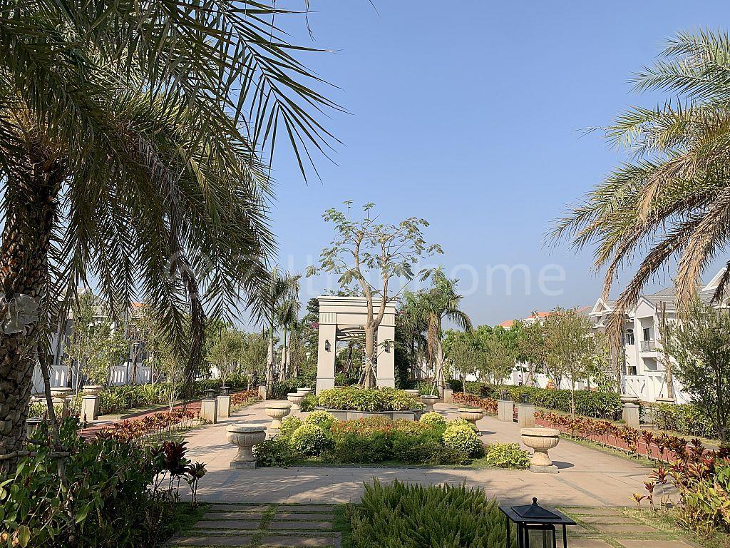 វីឡាទោលកែង នៅបុរីភ្នំពេញផាក (Phnom Penh Park) ផ្លូវជាតិលេខ6A ព្រែកលៀប