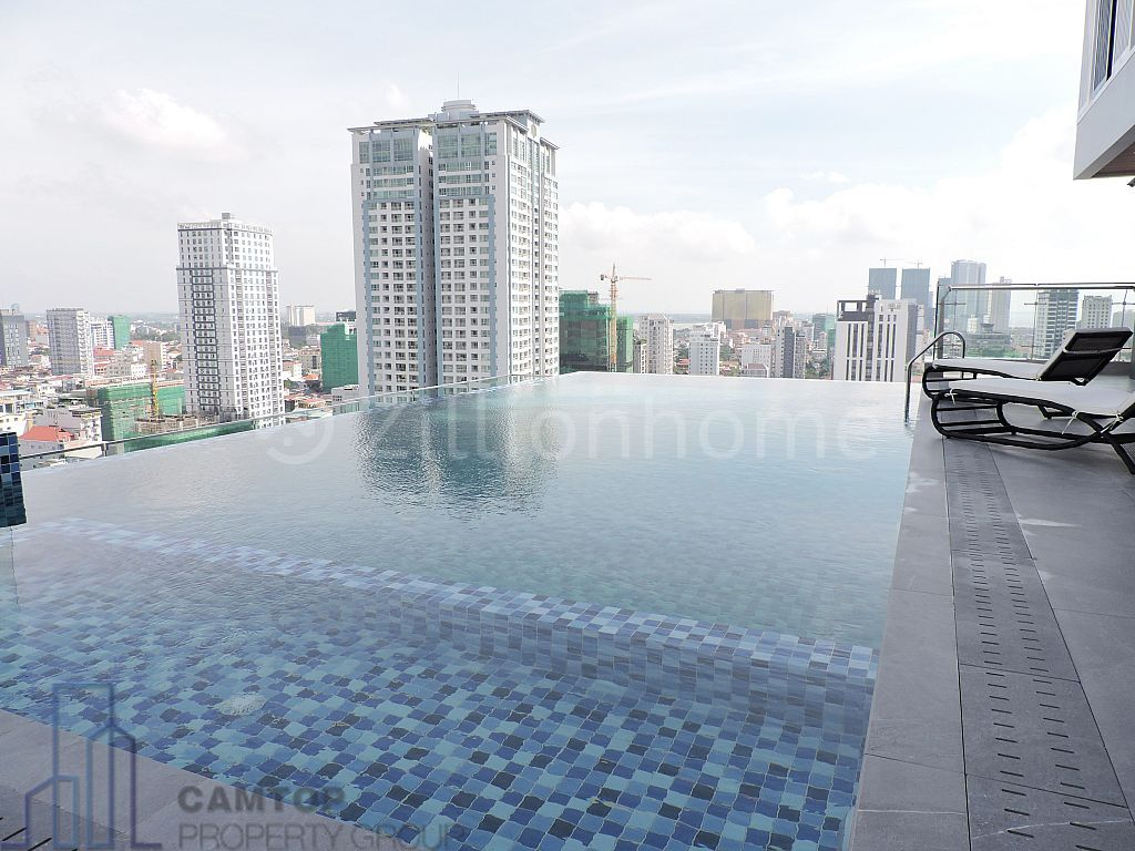 3 Bedroom luxury apartment for rent with gym, pool.