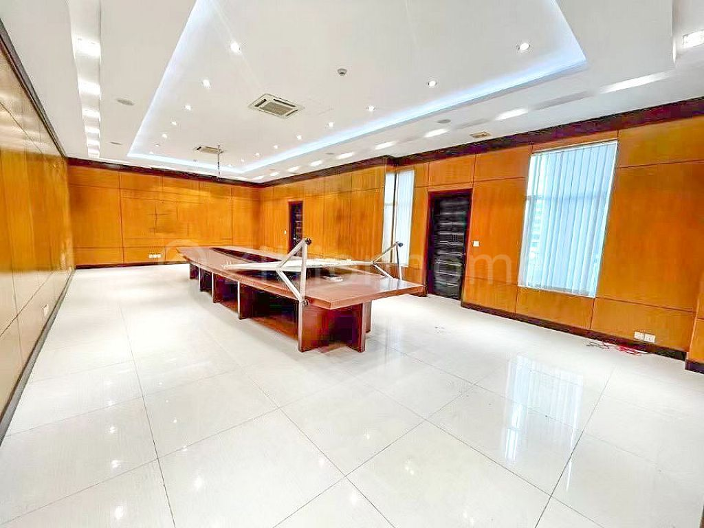 Building for rent and sale  (C-5531)
