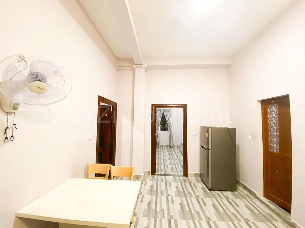 Building Apt for rent at Toul tompong  (C-6680)