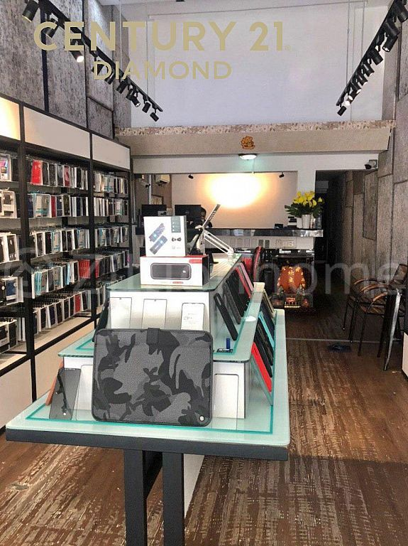Shop House For Sale/ផ្ទះអាជីវកម្មលក់ ⚡️ ក្បែរផ្សារទួលទំពូង (ID:#D0234)