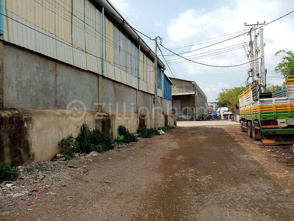 WAREHOUSE IN STEUNG MEAN CHEY