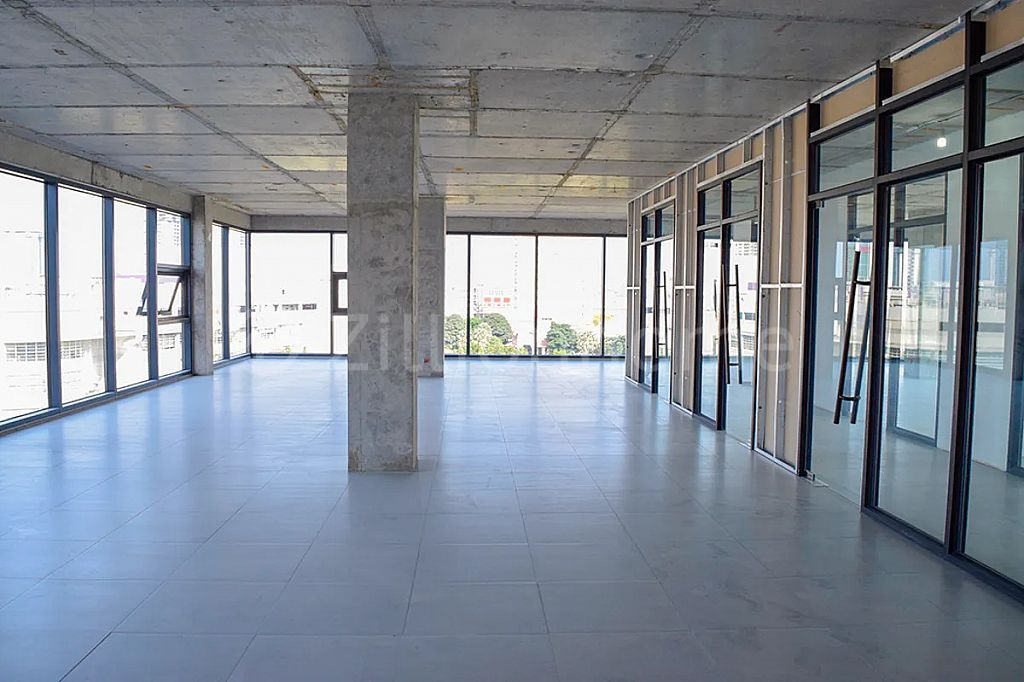 NEW OFFICE SPACE TONLE BASSACE, READY TO LEASE