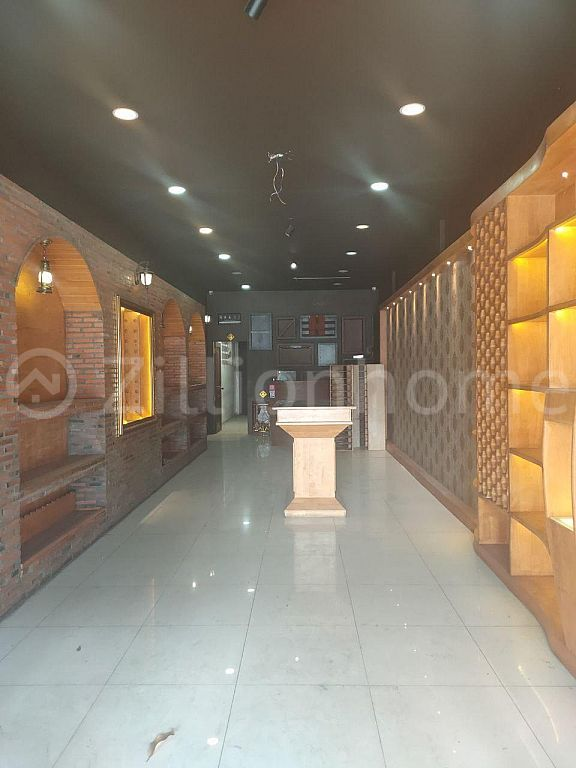 BUSINESS SHOP HOUSE SPACE