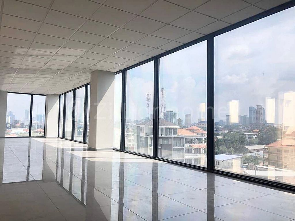 OFFICE SPACE BUILDING, INSPECT TODAY