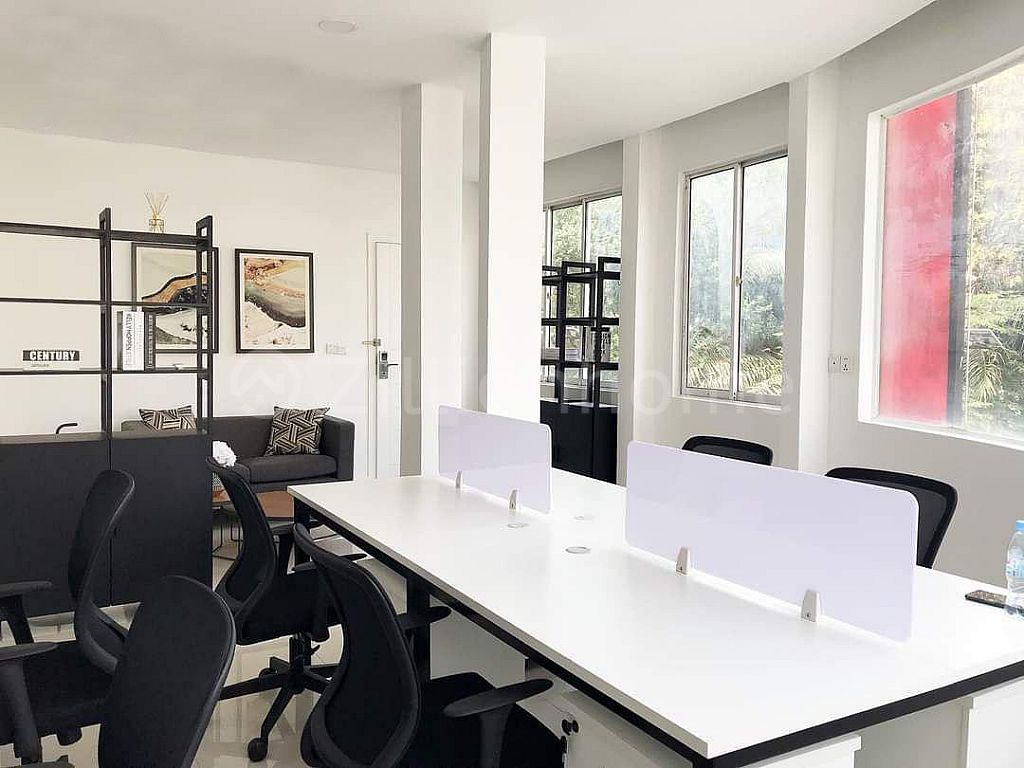 DAUN PENH OFFICE SPACE