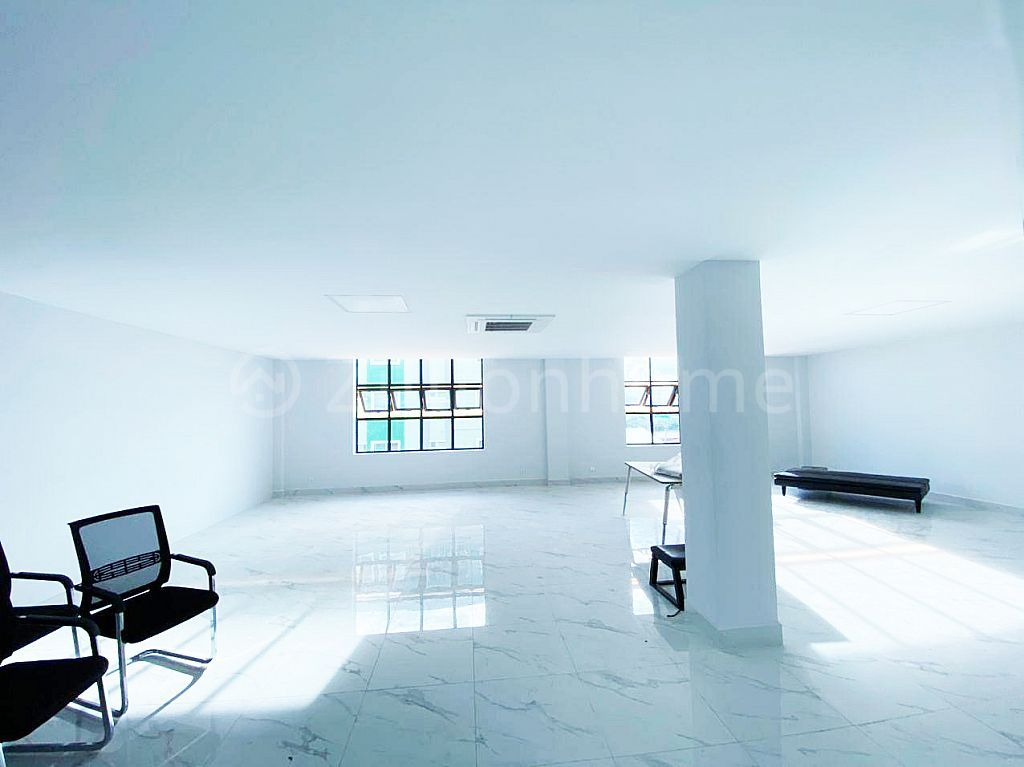 BRAND NEW OFFICE SPACE IN PHNOM PENH THMEI