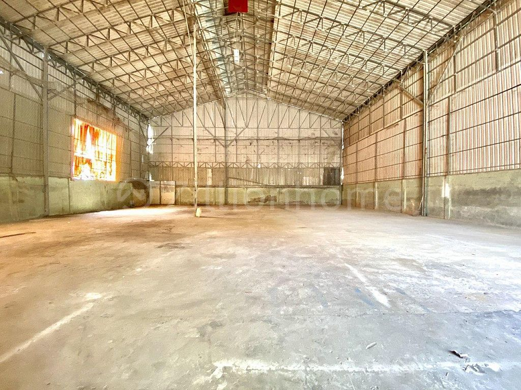 AVAILABLE WAREHOUSE IN TK