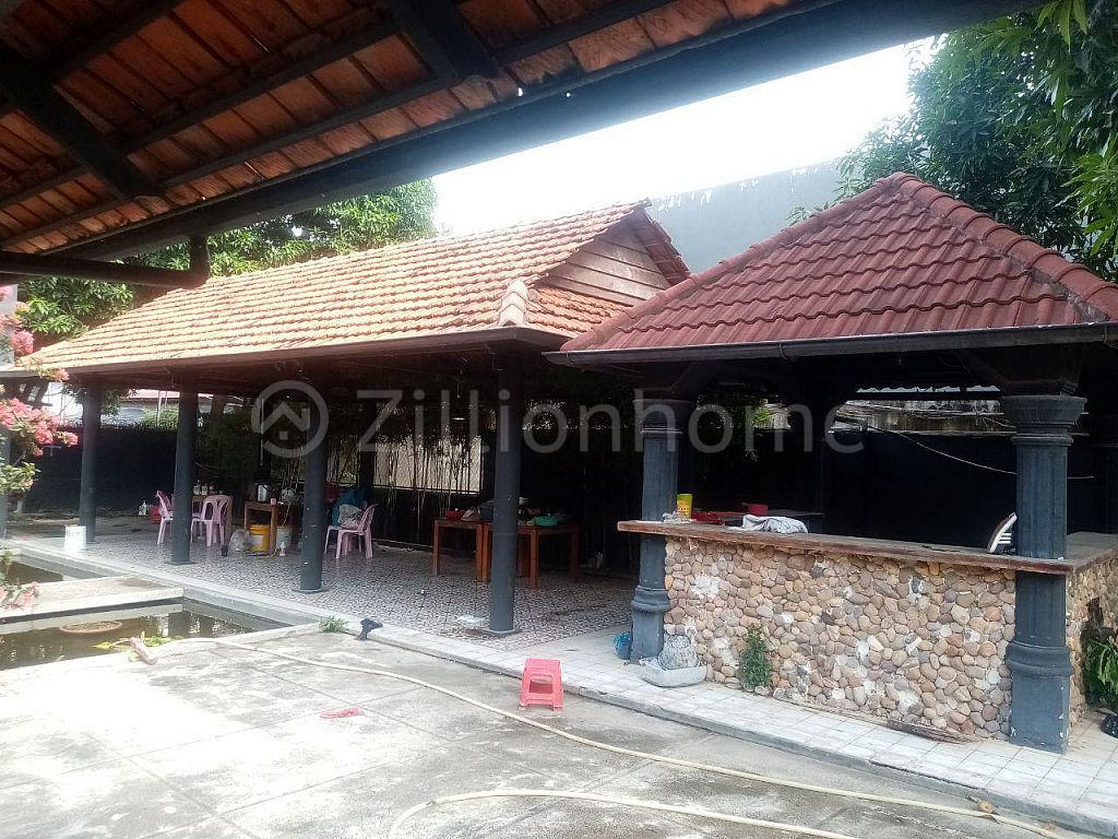 AVAILABLE SHOPHOUSE IN CHROY CHANGVA