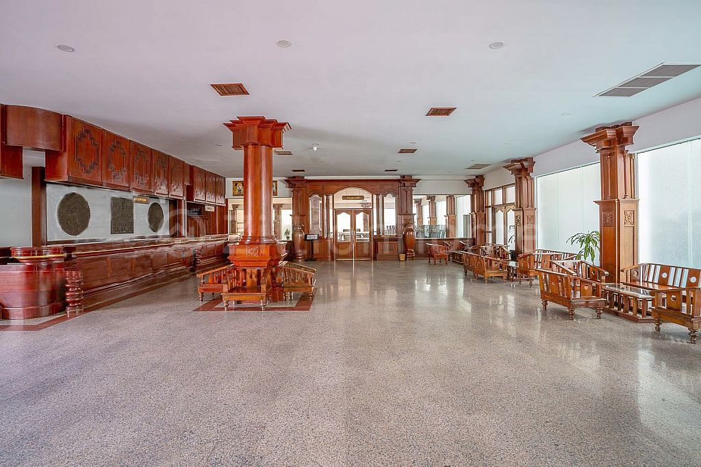 PALATIAL 150 ROOM HOTEL RESORT IN SIEM REAP