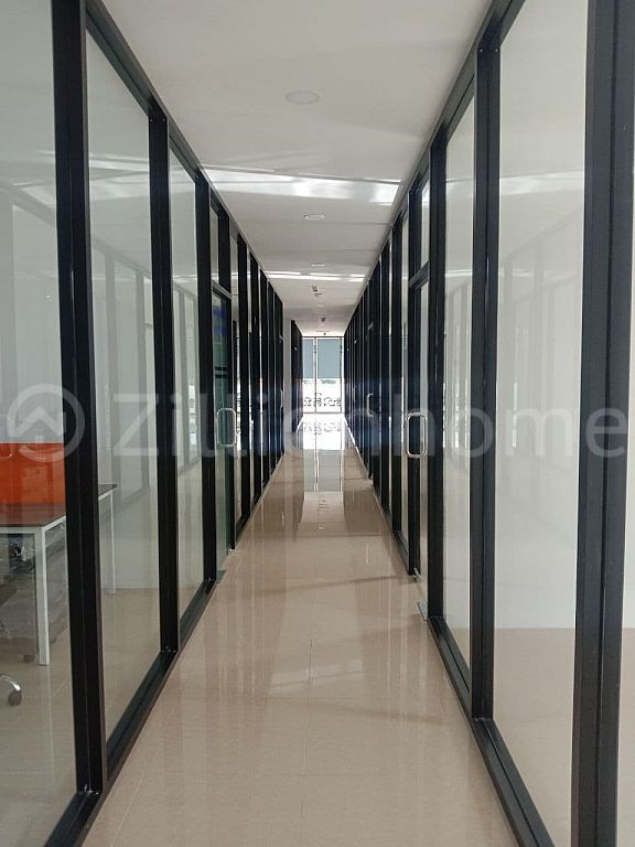 AVAILABLE CO-WORKING SPACE IN BOENG KAK AREA