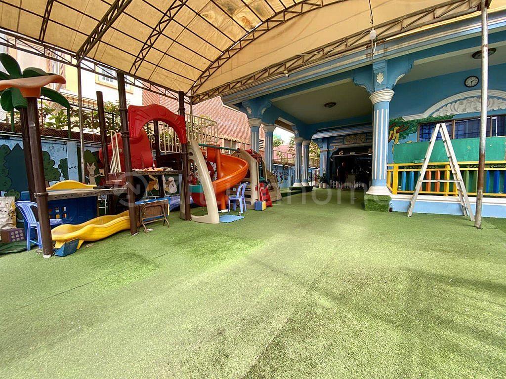 COMMERCIAL SCHOOL BUILDING TOUL SVAY PREY