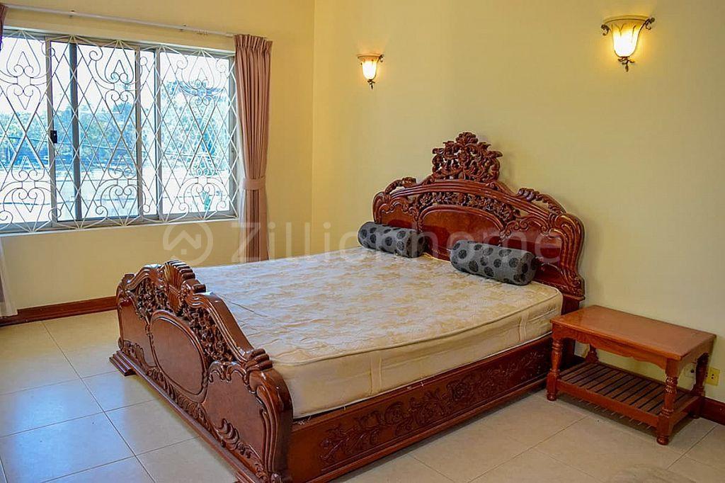 7 BEDROOMS COMMERCIAL VILLA IN DAUN PENH