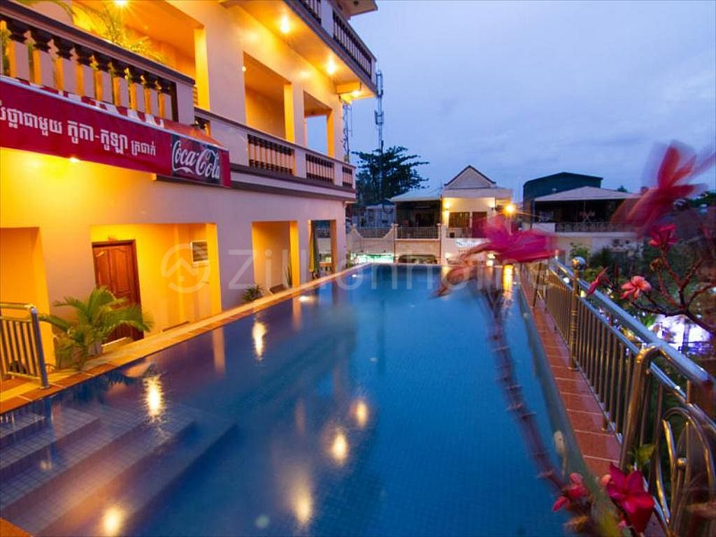HOTEL BUILDING IN DAUN PENH AREA