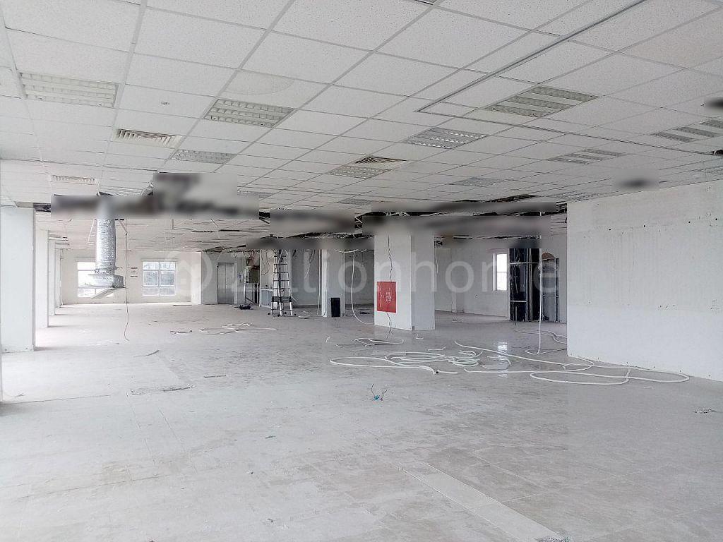 OFFICE SPACE IN TEUK LAAK 1