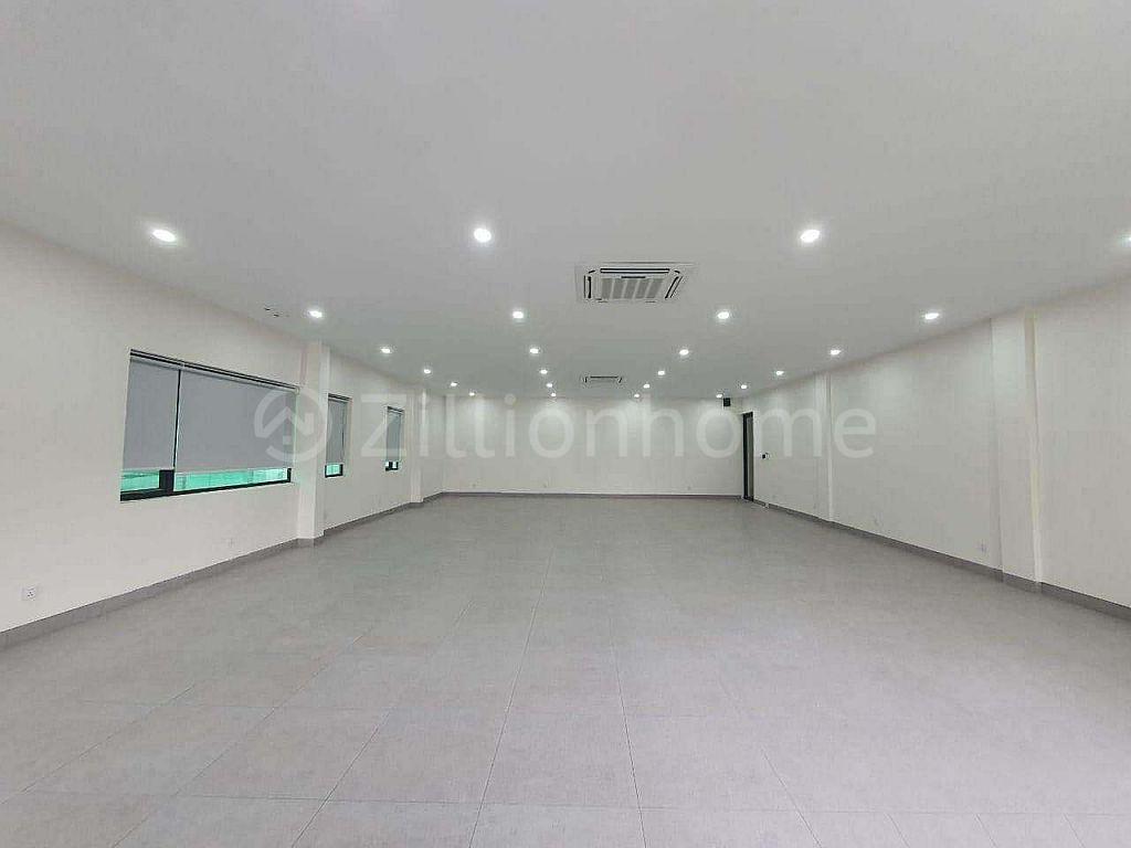 SECOND FLOOR - OFFICE SPACE IN TK