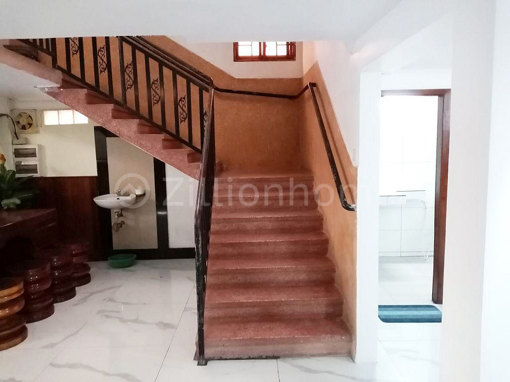 4 FLAT HOUSES IN CHAMKAR MON