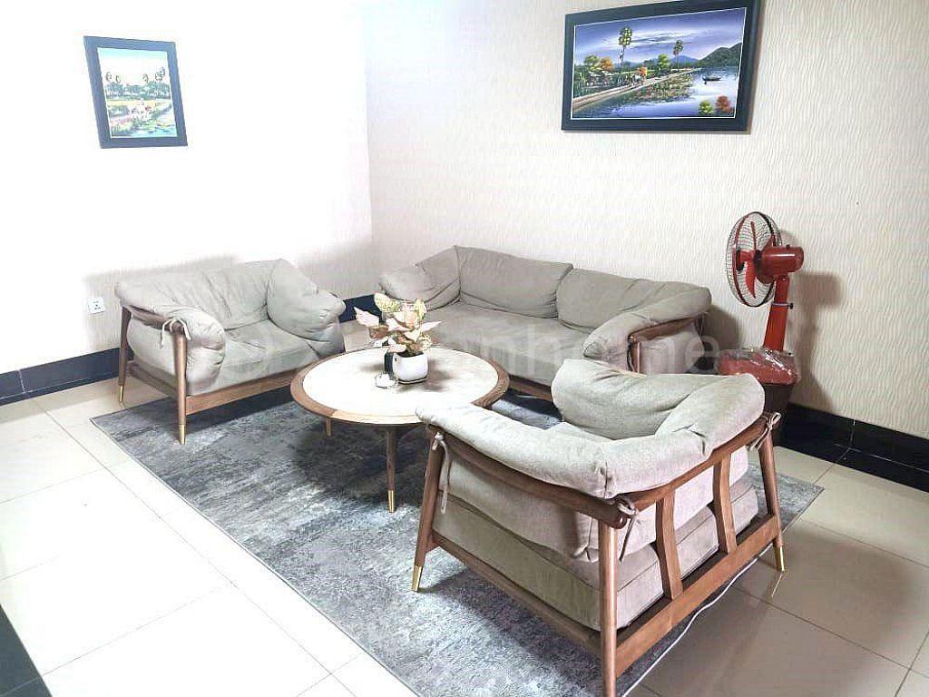 PHNOM PENH RIVERFRONT FREEHOLD HOTEL