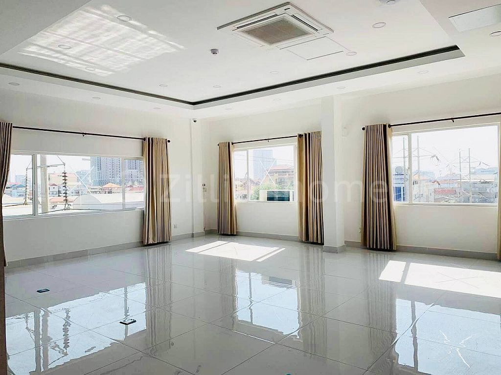 AVAILABLE OFFICE IN TOUL SANGKAE
