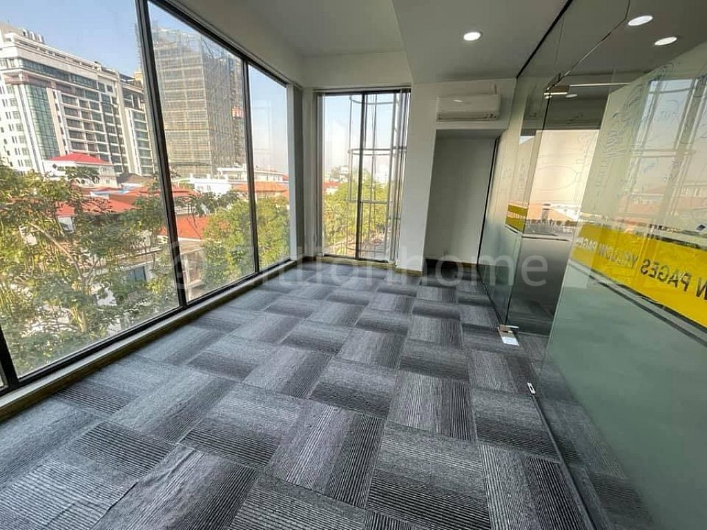 OFFICE SPACE LOCATED IN CHAKTAMOK