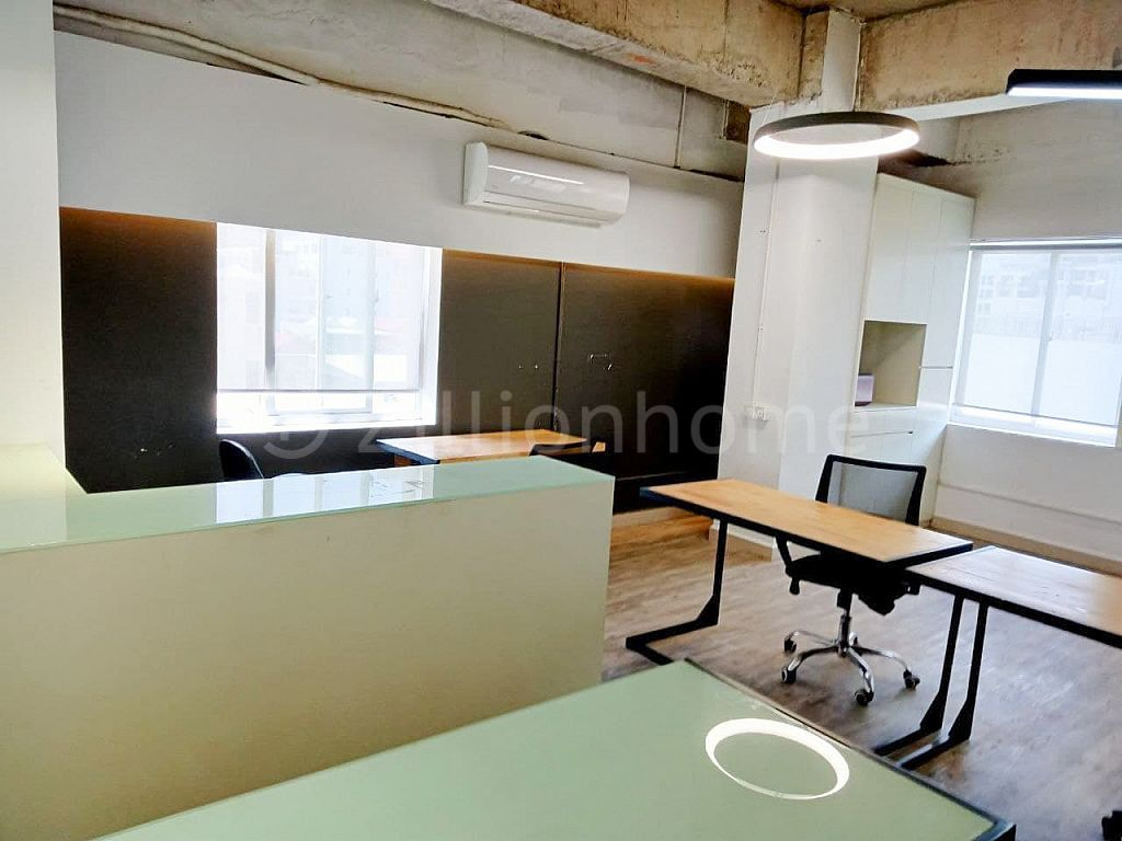 COMFORTABLE OFFICE SPACE IN TOUL TOMPOUNG 1