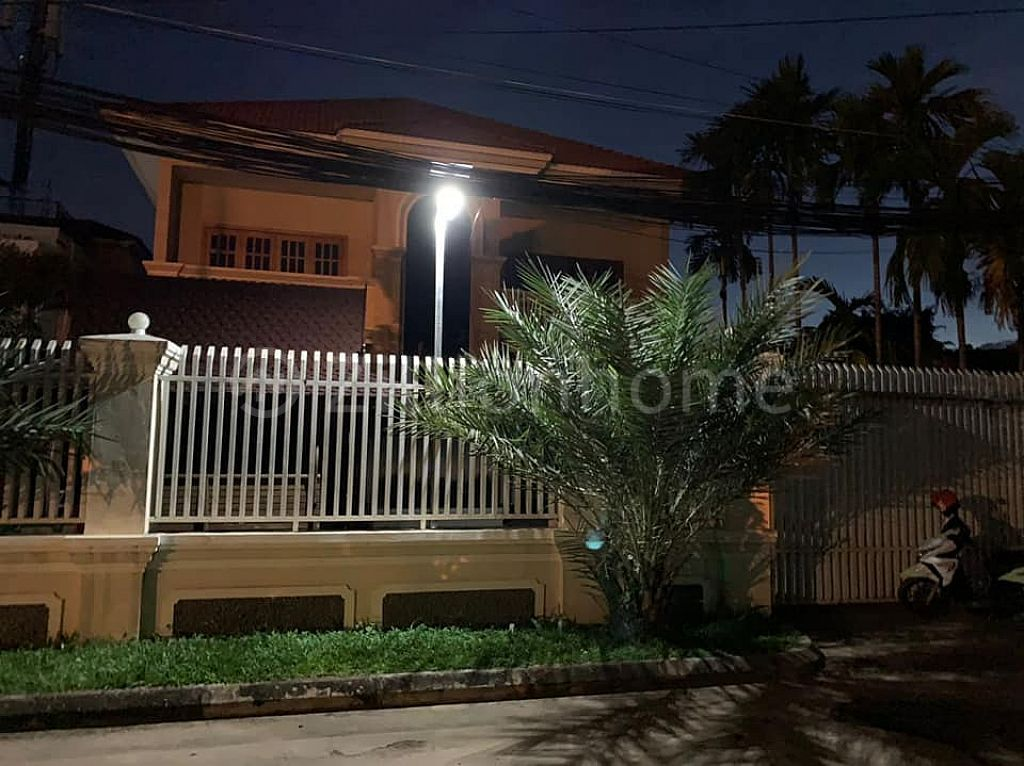 Private 5bedrooms Villa for Rent