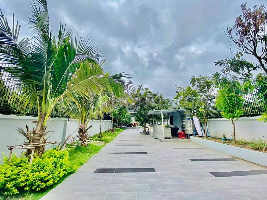 Modern Villa with behind River for sale