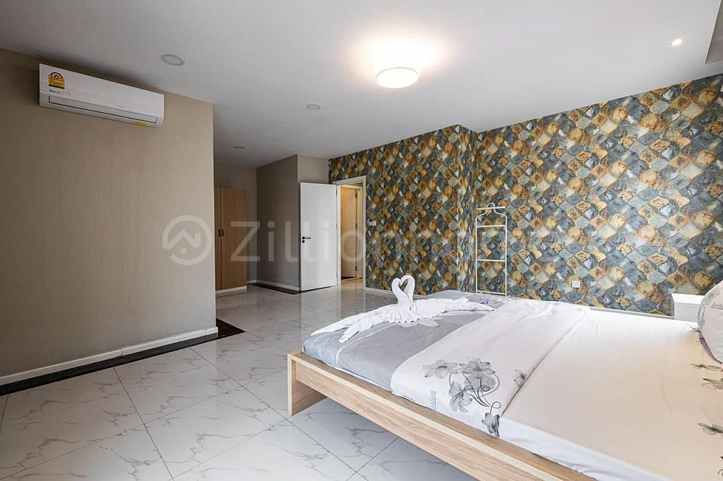 One Bedroom Apartment BKK1 with 103sqm