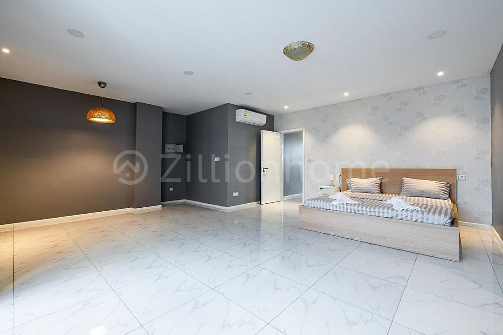 Three Bedroom Apartment BKK1 with 206sqm