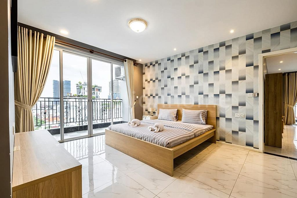Four Bedroom Apartment BKK1 with 257sqm