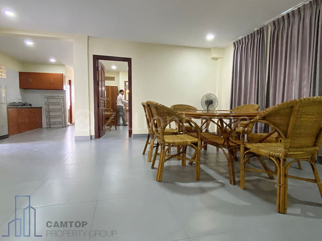 2BR - Huge Balcony Apartment in Russian Market area