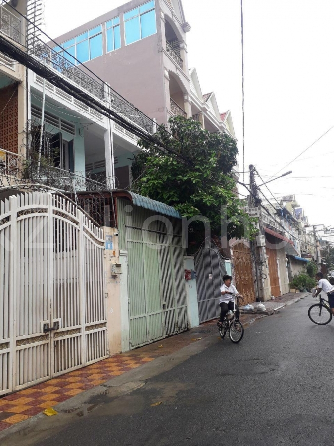 House For Rent At BKK